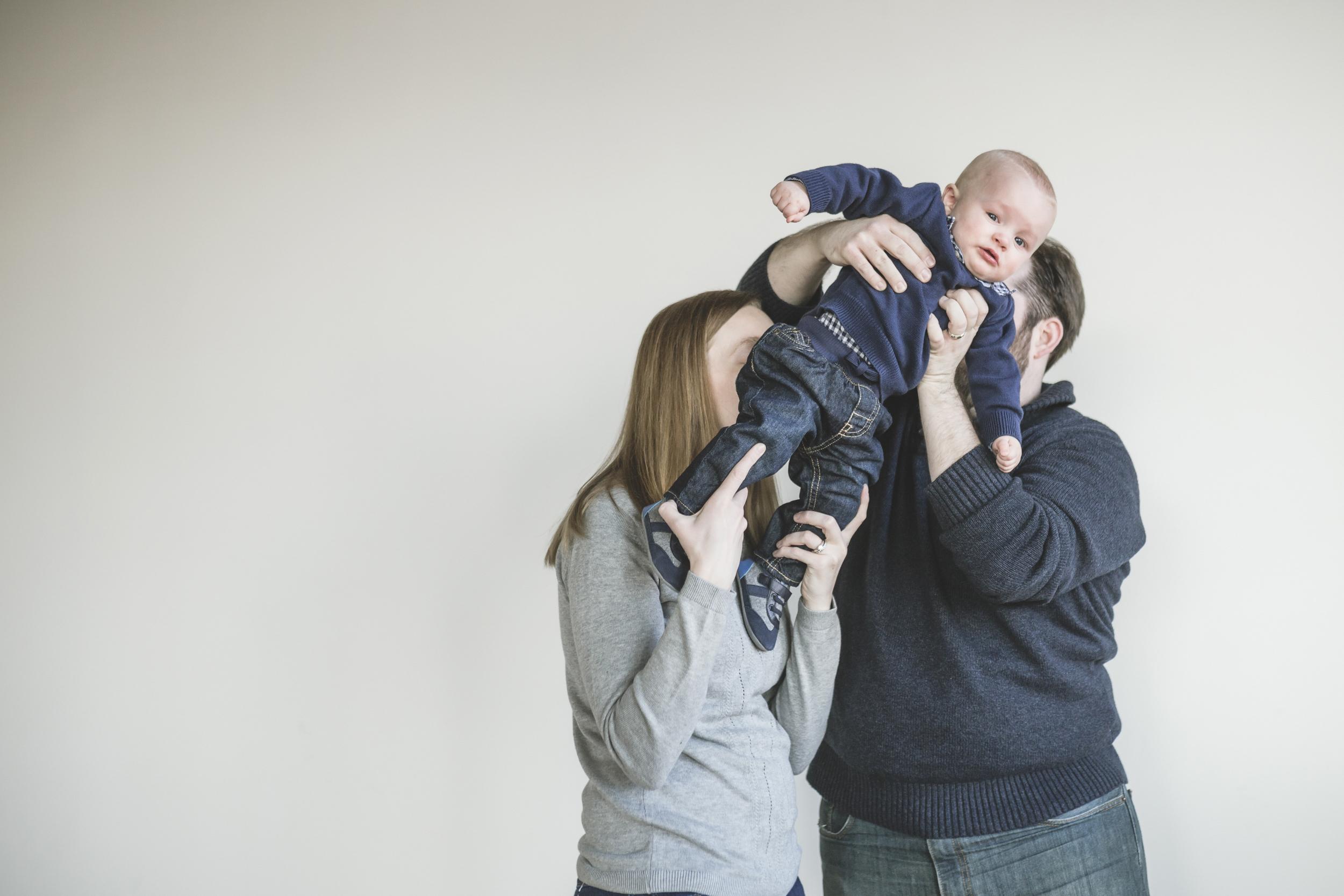 minneapolis studio family photographer-9.jpg