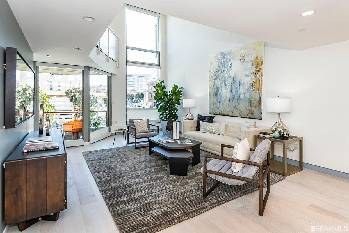 188 South Park #3 sold in May, 2019 for $1,700,000 after over 100 days on market. The SLI zoning (SERVICE/LIGHT INDUSTRIAL) caters for Live/Work.