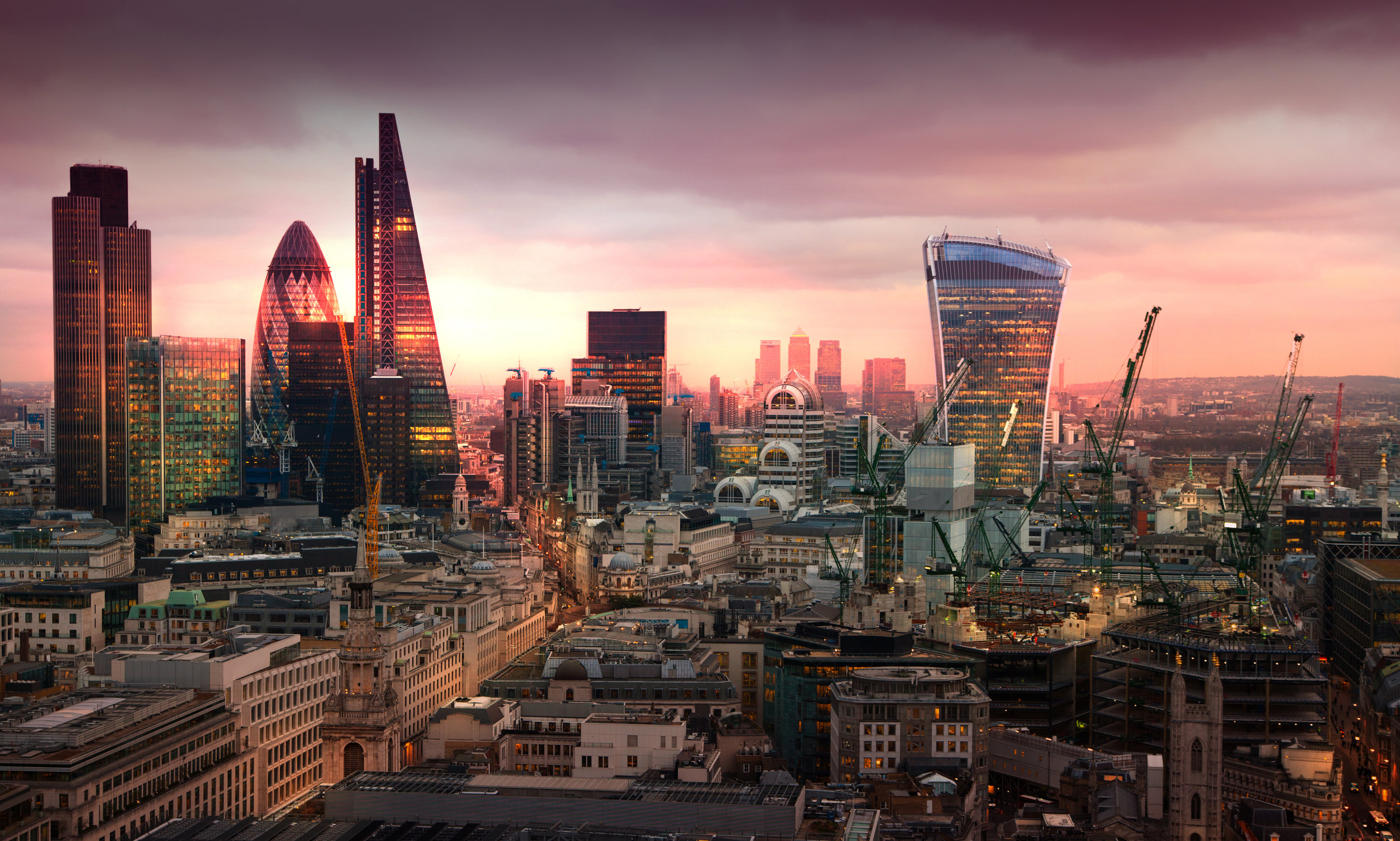 London skyline SUnset.jpg