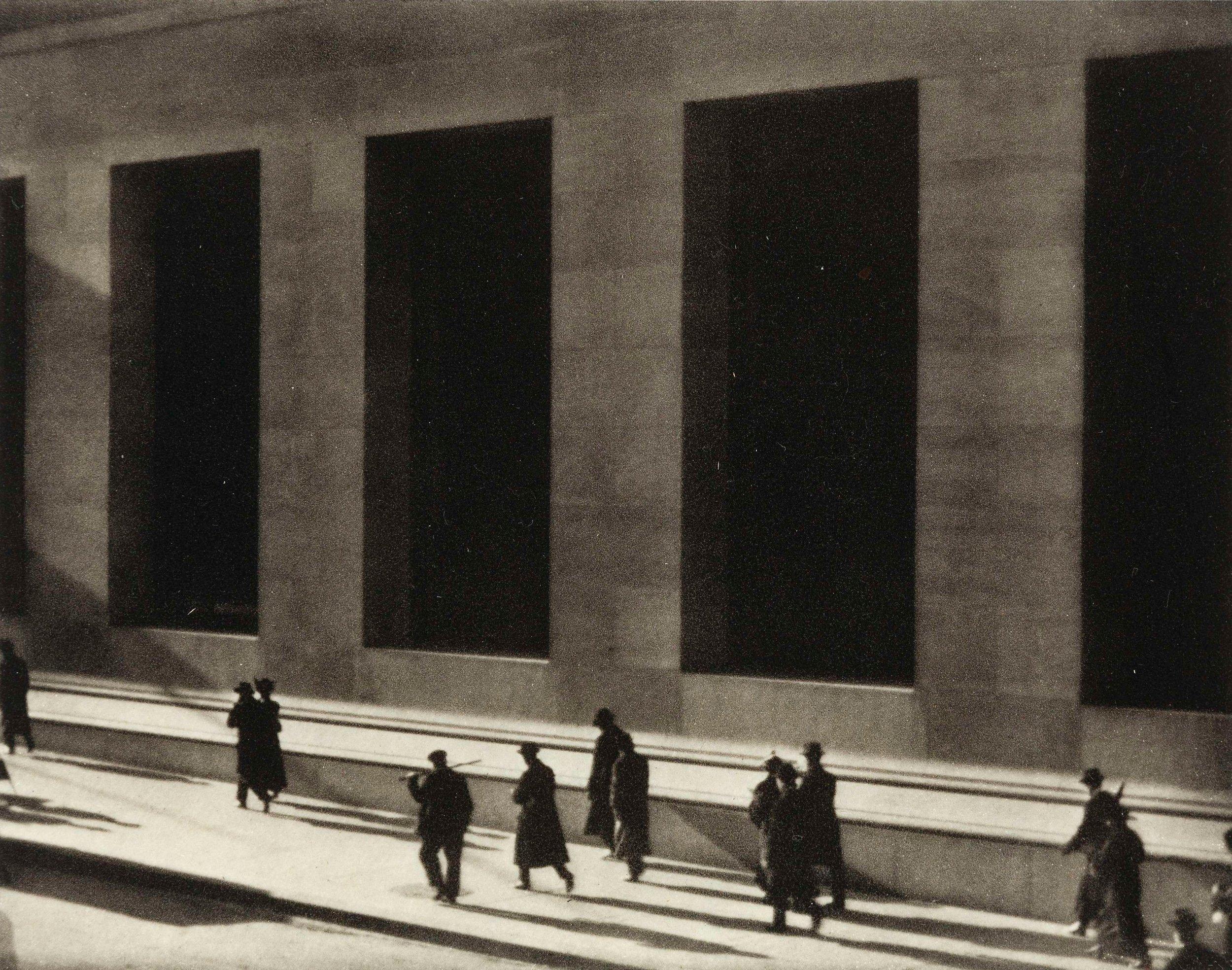 Wall_Street_by_Paul_Strand,_1915.jpg