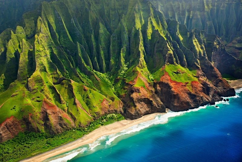 Hiking-the-Kalalau-Trail-in-Two-Days-2.JPG