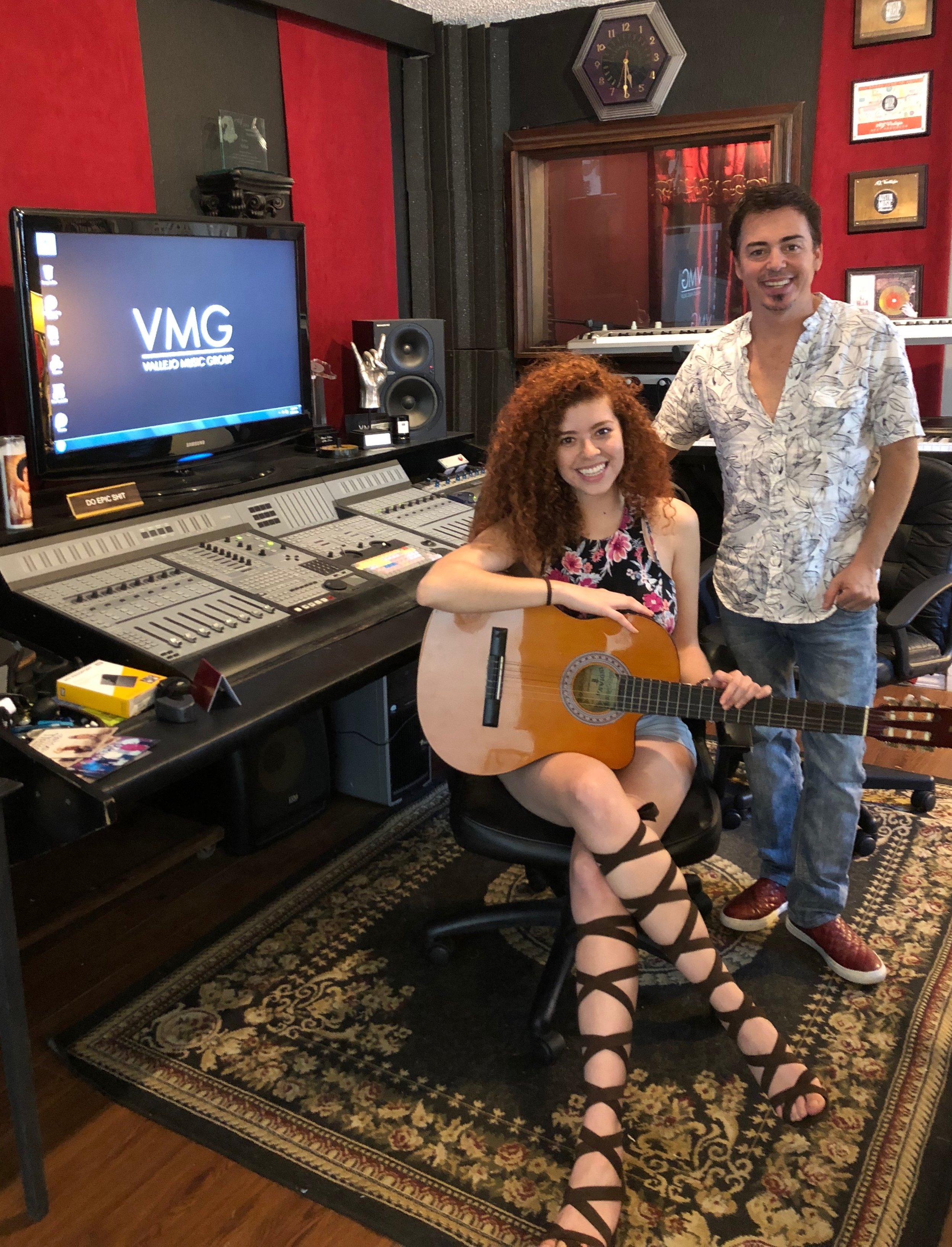 Lesly Reynaga, AJ Vallejo