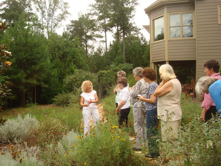 Touring the Rosens' garden