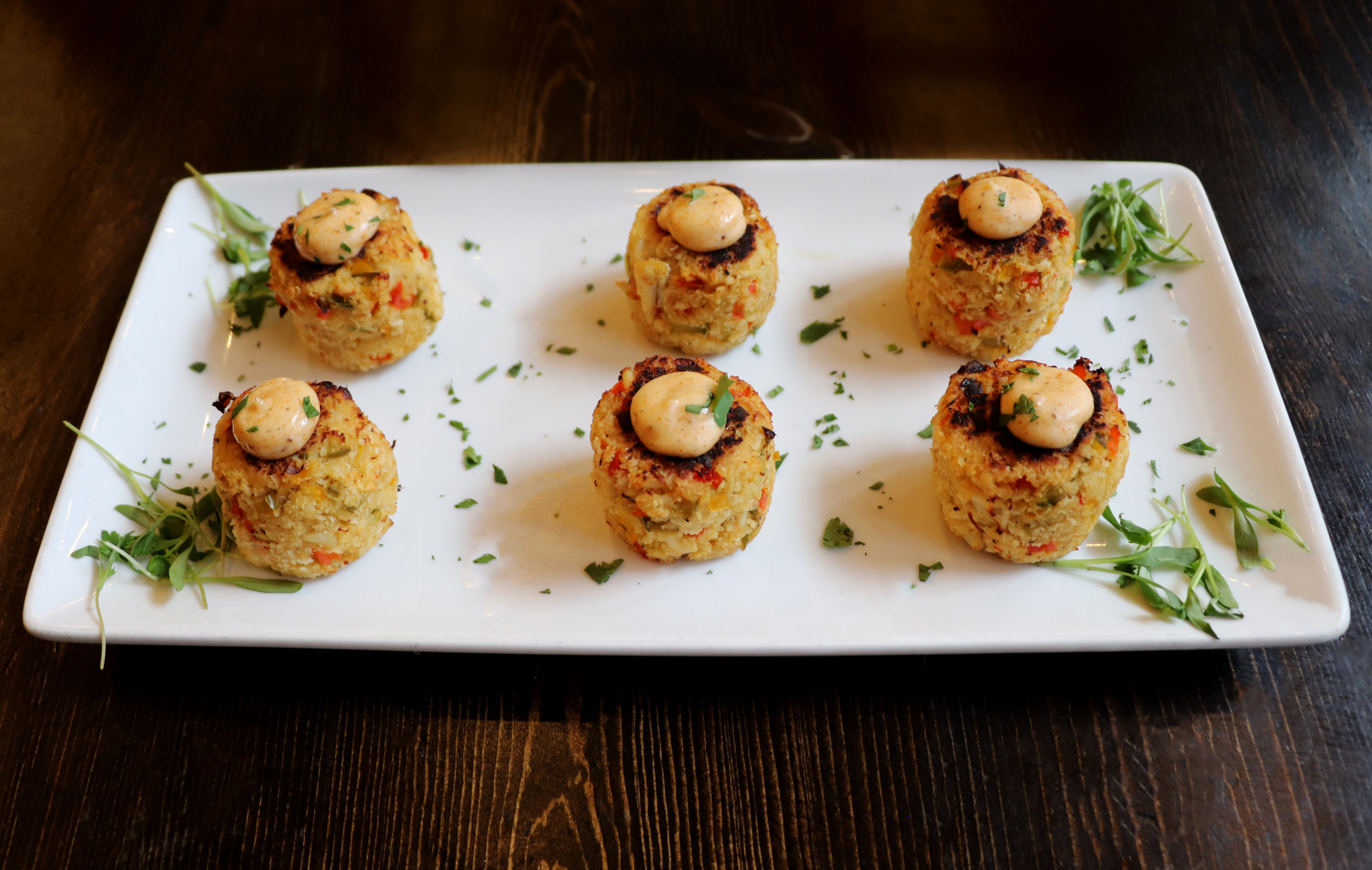 Crab Cakes 1.jpg
