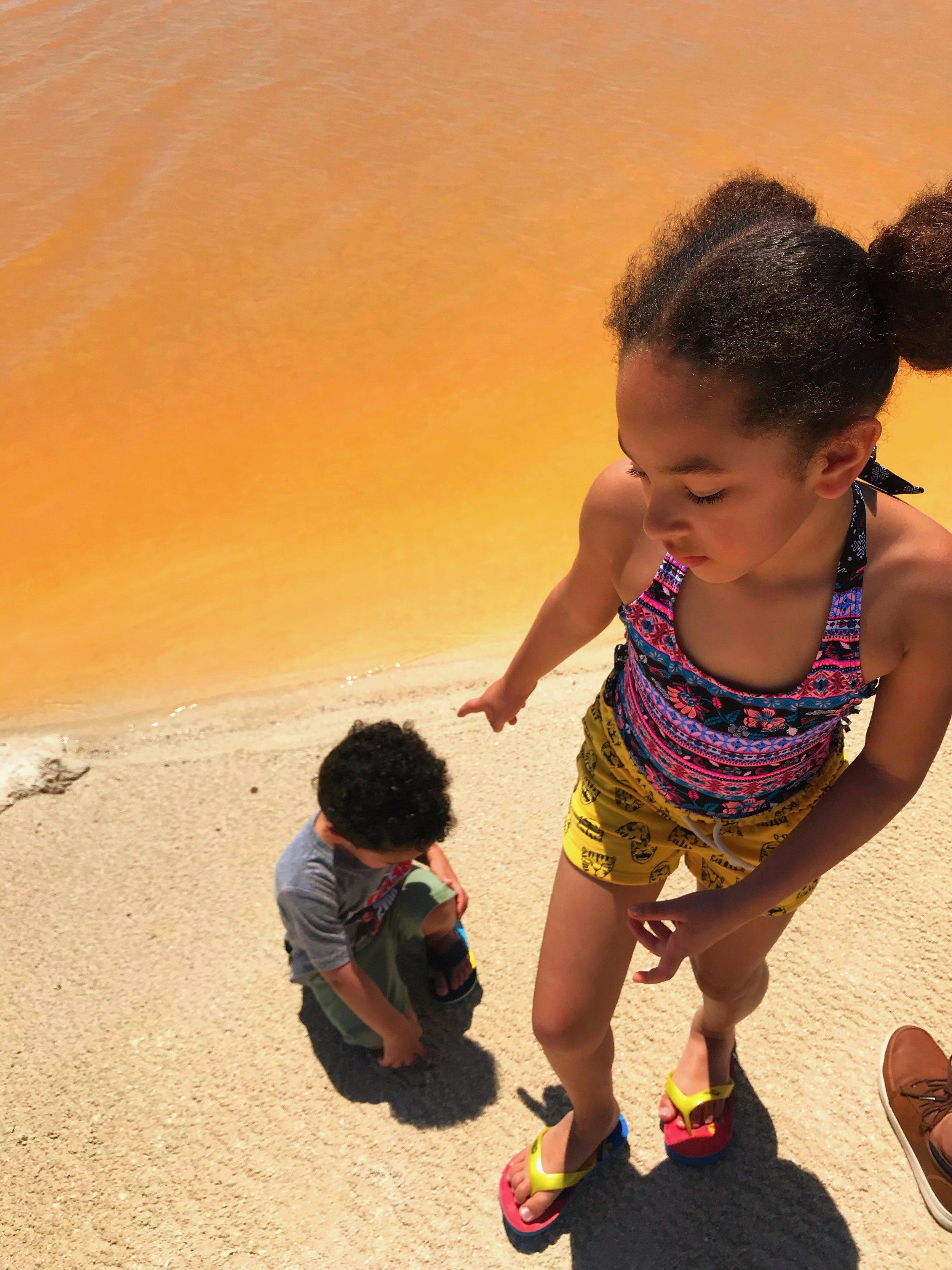las-coloradas-for-kids-afro-latina-mom-blogger-negra-bohemian