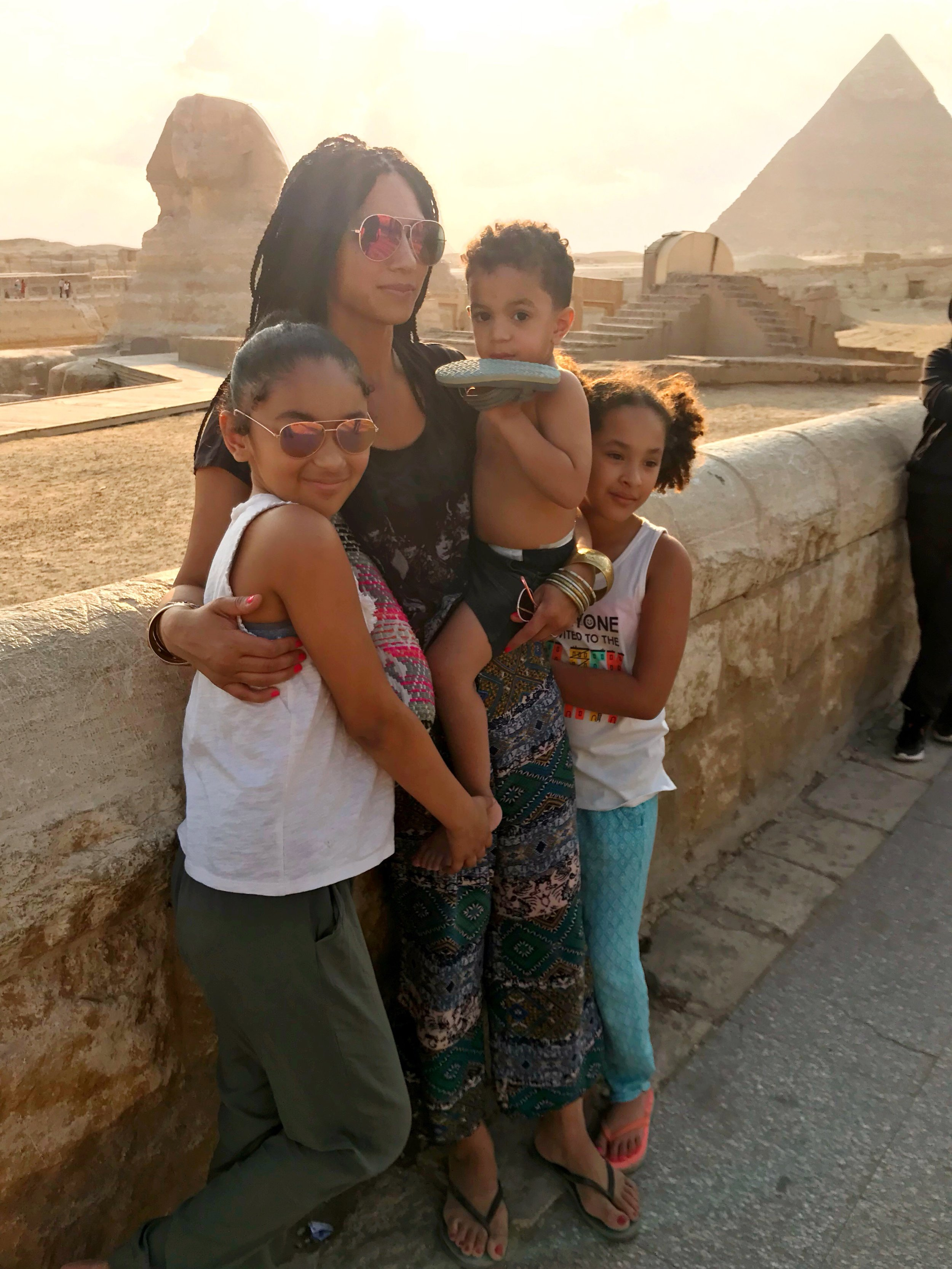 negra-bohemian-family-travel-lifestyle-blogger-cairo-with-kids-giza-pyramids