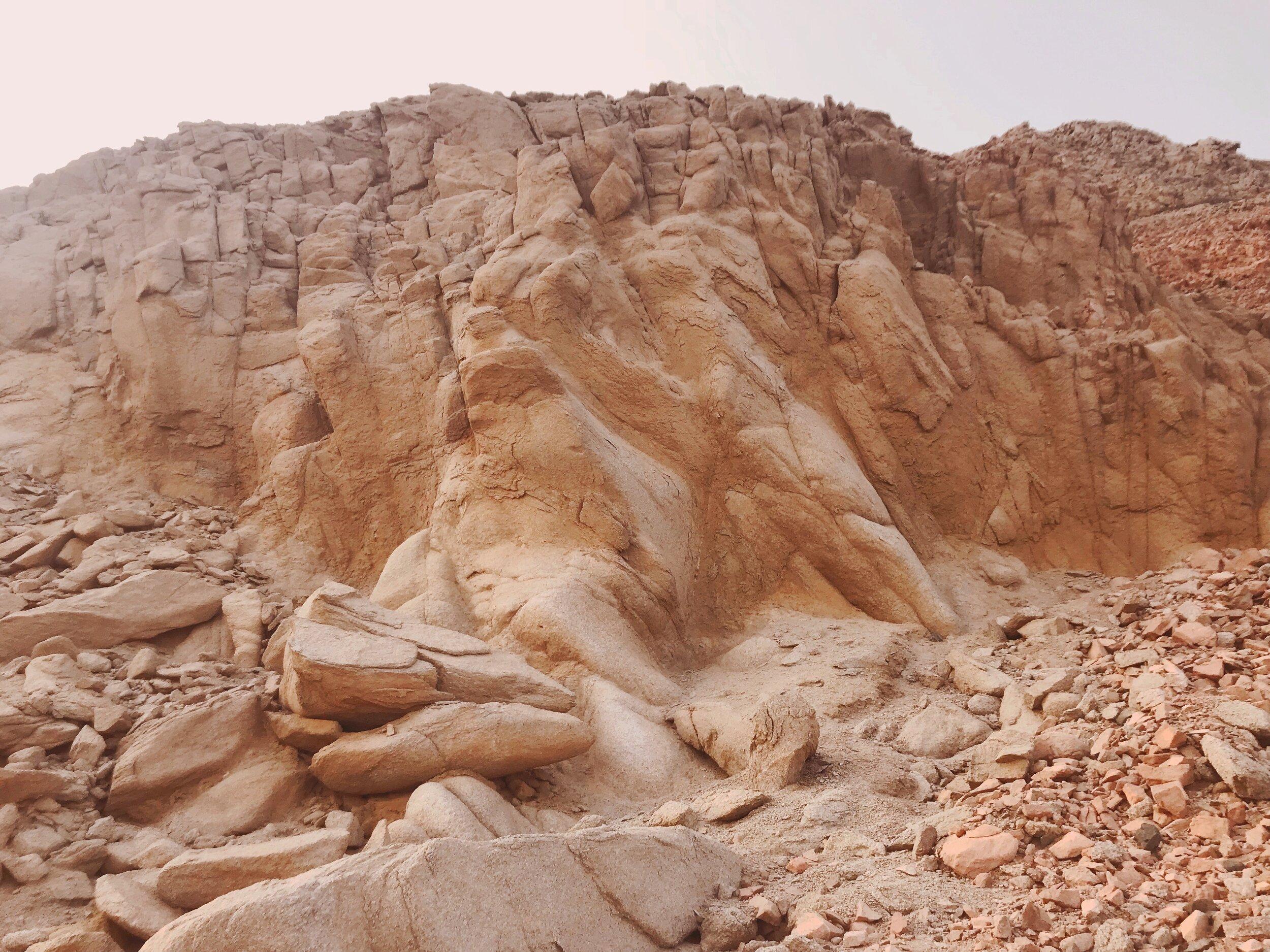 10-commandments-for-kids-dahab-cafe-egypt-family-travel-blogger-negra-bohemian