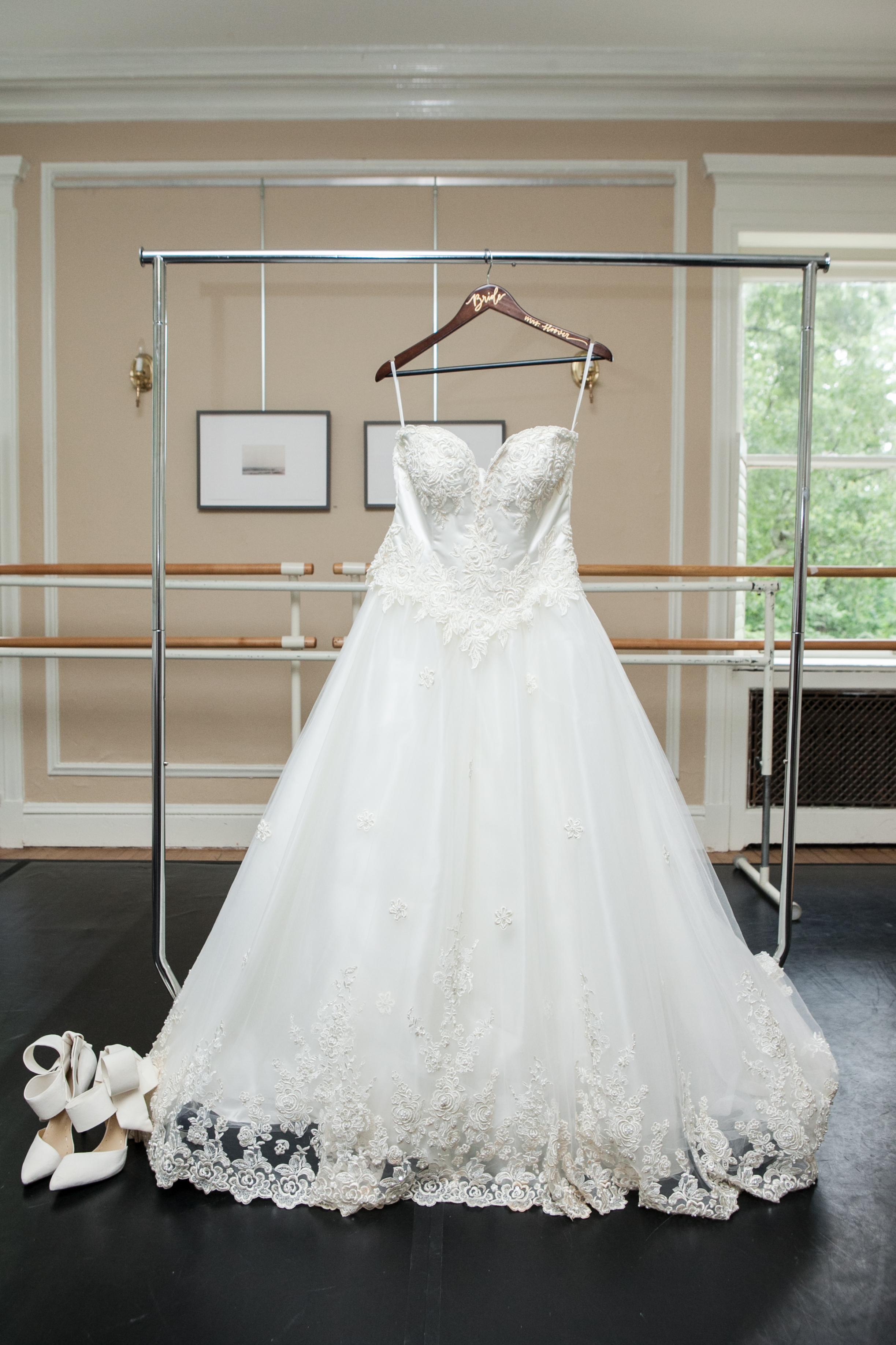 heylux_abbriakeith_wedding_3.jpg