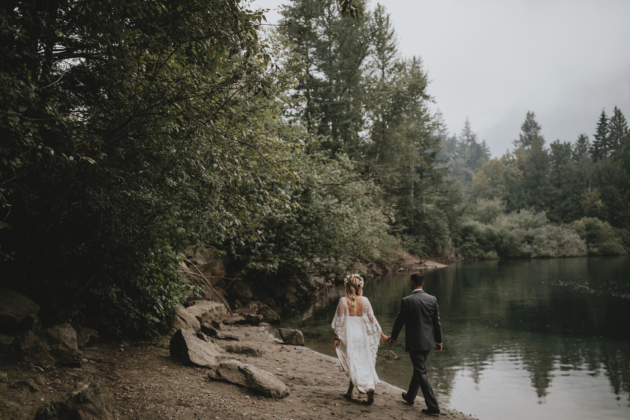 American-Creek-Lodge-Hope-Vancouver-Wedding-1.jpg