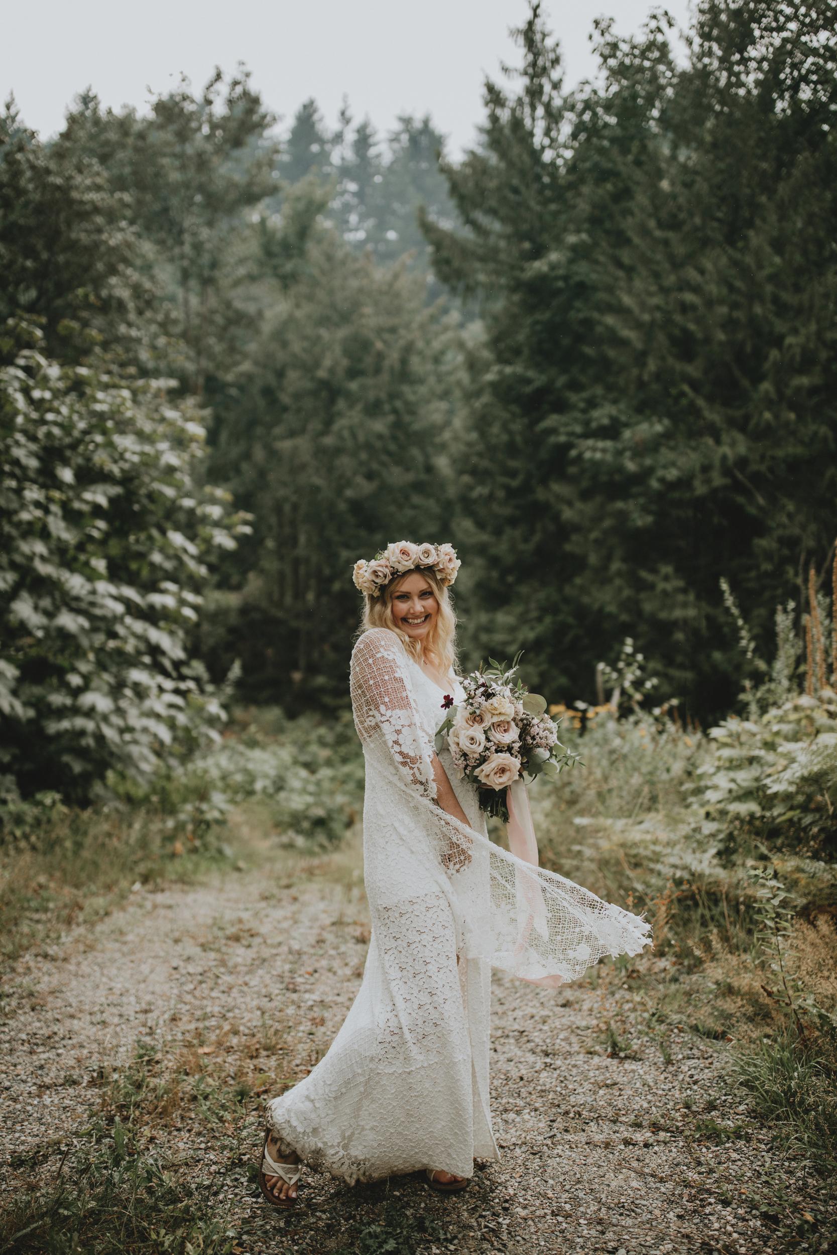 American-Creek-Lodge-Hope-Vancouver-Wedding-10.jpg