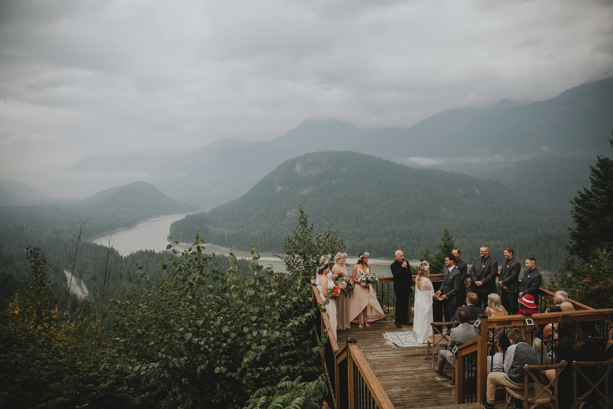 American-Creek-Lodge-Hope-Vancouver-Wedding-11.jpg