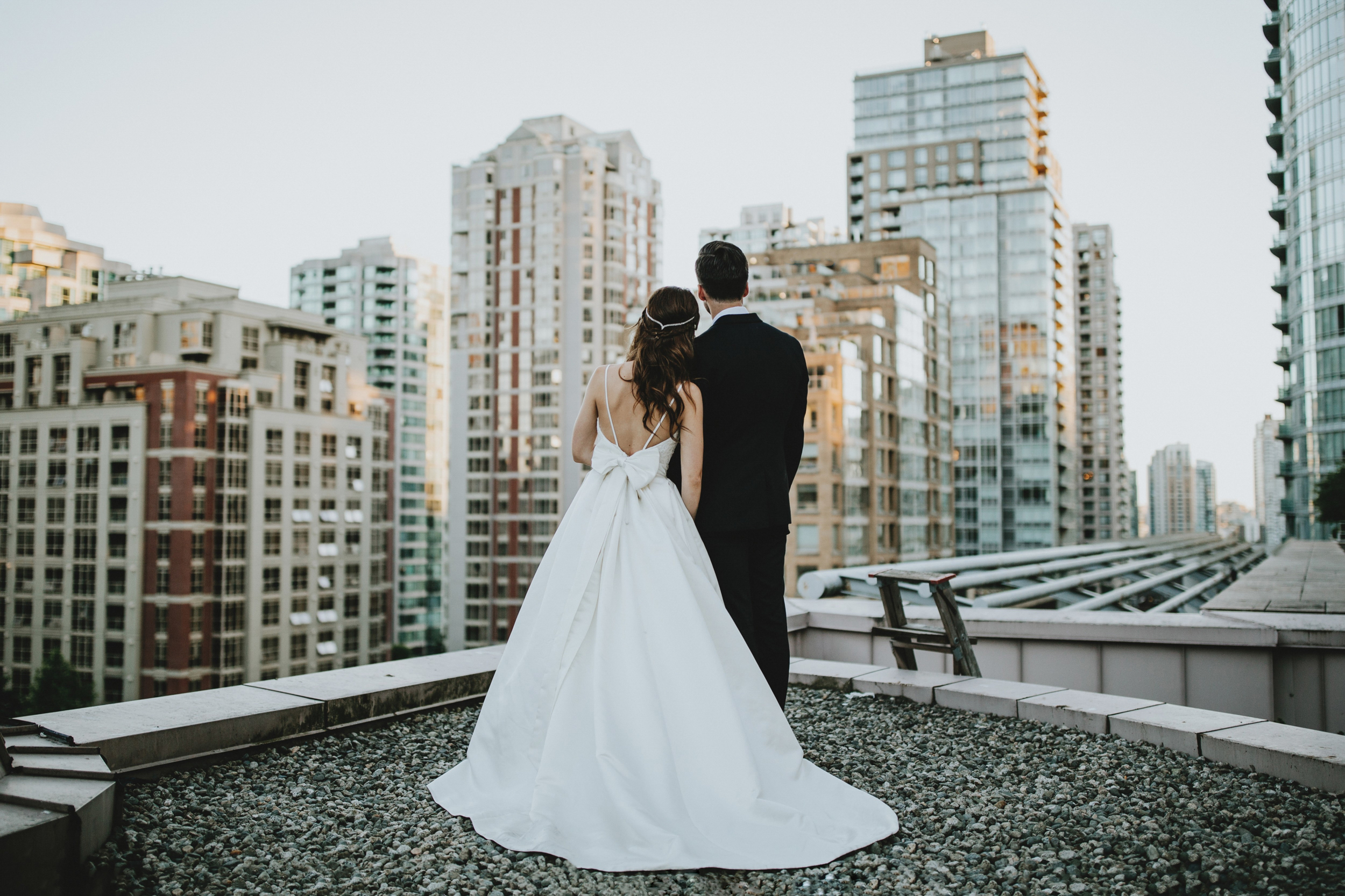 Downtown-Vancouver-City-Wedding-4.jpg