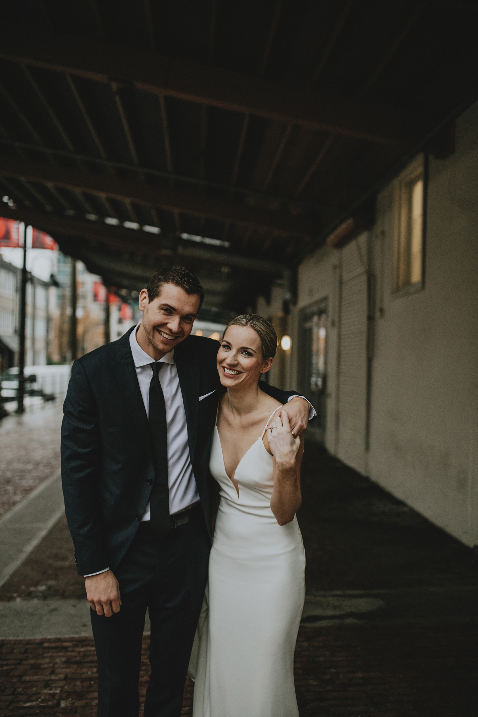 Earls-Loft-City-Vancouver-Wedding-15.jpg