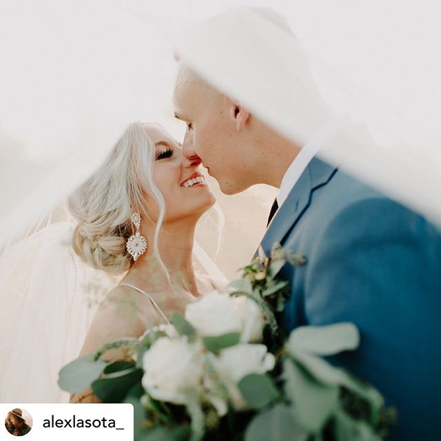 Congratulations to Jenna and Jonah! • Posted @withrepost • @alexlasota_ I'm just going to leave this little mini sneak peek right here and say Jenna and Jonah's wedding yesterday was truly what dreams were made of 💯. I also want to add that their full sneak peek blog post is coming at you tonight and will be announced on insta stories so keep an eye out! Cause guys, it's a goodie! . . Congrats again to these two!