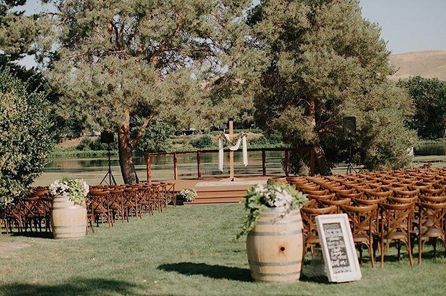 #tbt this gorgeous #weddingday setup for an intimate outdoor ceremony last month. Still looking for that special venue for your big day? We have multiple dates available next year and would love to show you around! • 📷: @alexlasota_  #prosserriverranch #prosserwa #yakimariver #tricitieswa #tricitieswedding #yakimawedding #yakimavalley #weddingvenue #riverfrontwedding #summerwedding #destinationwedding #pnwedding #nwweddings #naturewedding #bride #brideandgroom #washingtonbride #509bride #applebrides #wedding #weddingflowers #realweddings #lovestory #weddingphotography #weddinginspiration #weddingideas