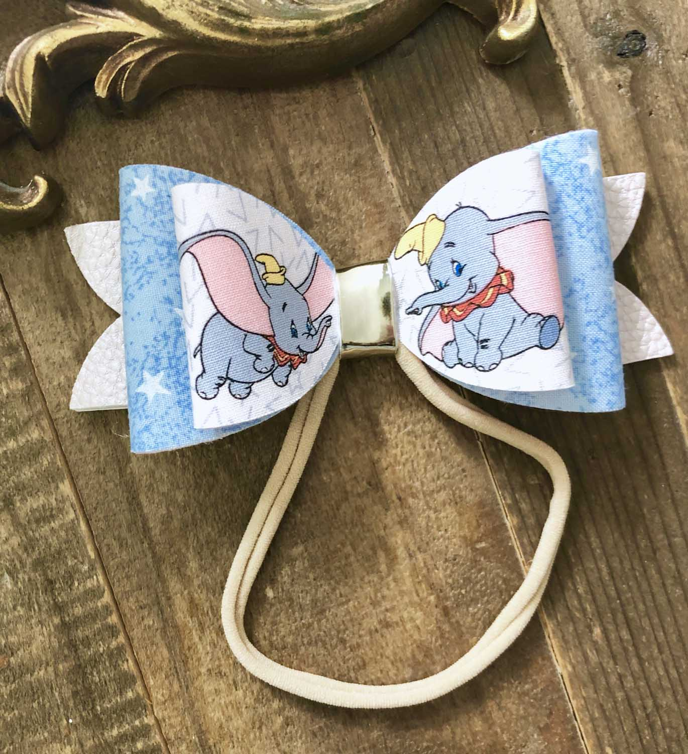 themed hairbow for kids birthday party winter park.jpg