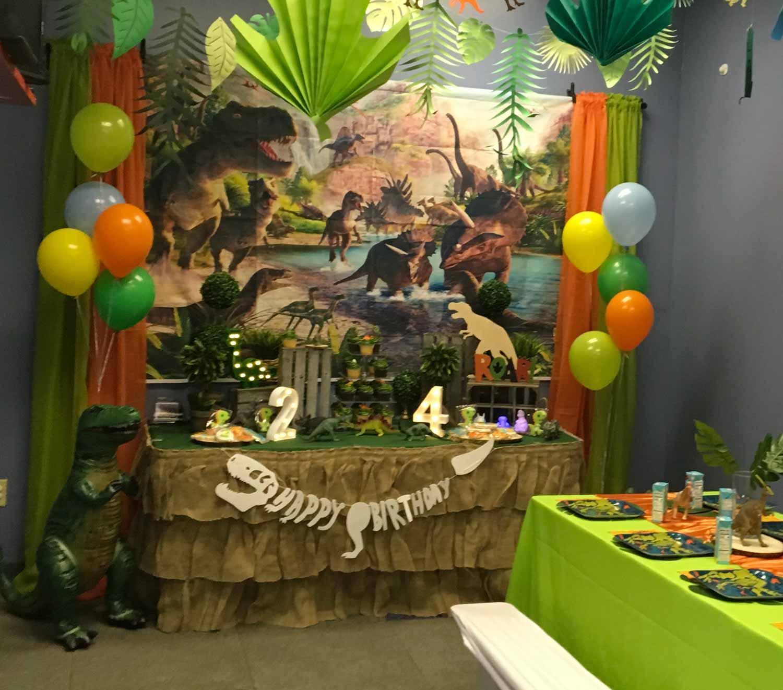 dinosaur-kids-birthday-party.jpg