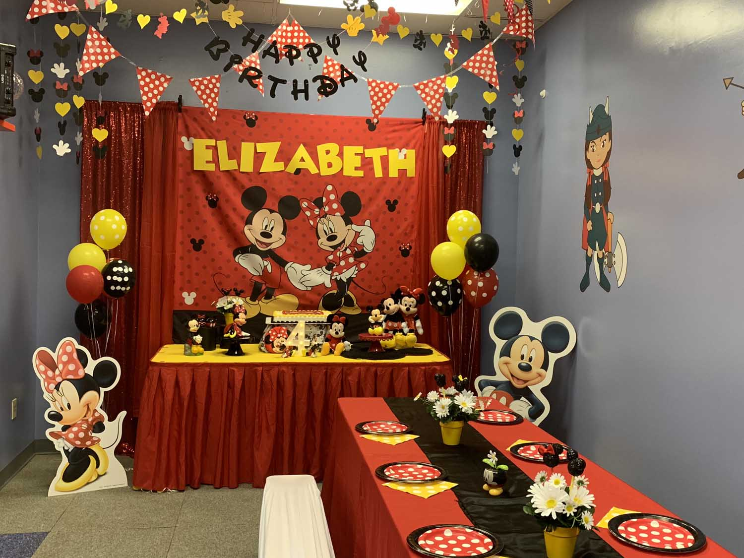 Mickey-and-Minnie-Mouse-Birthday-Party.jpg