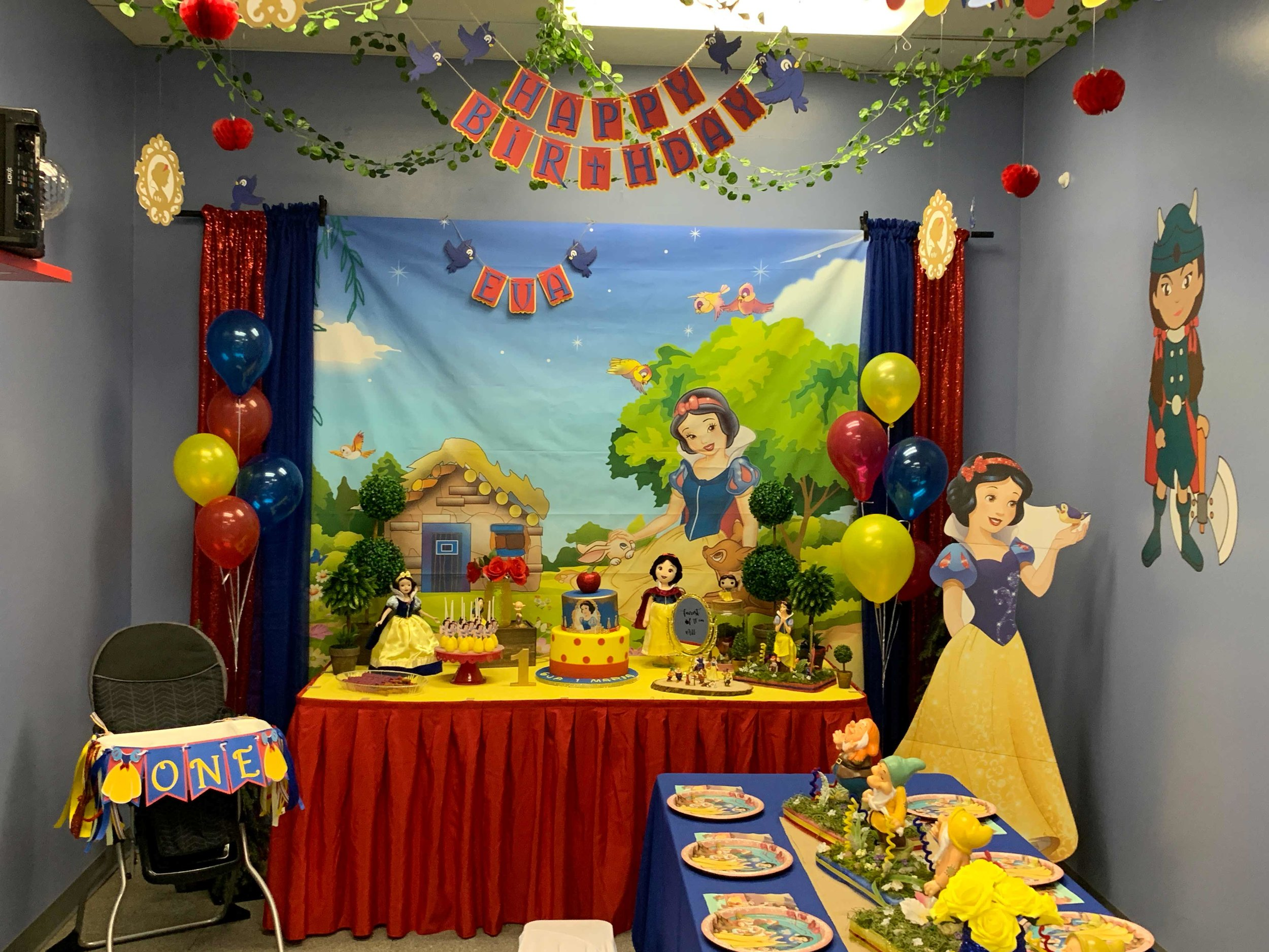 snow-white-toddler-birthday-party-orlando.jpg