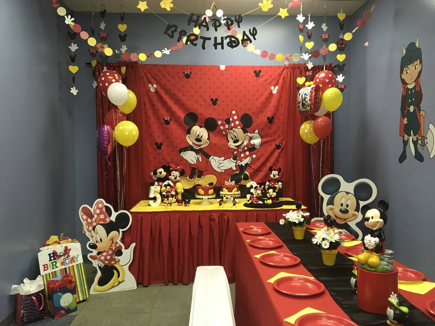 mickey and minnie mouse themed birthday party orlando florida