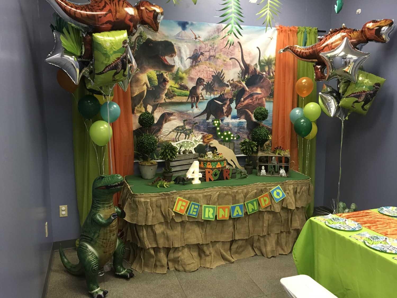 4 year old boy birthday party - dinosaur theme orlando florida (9).jpg
