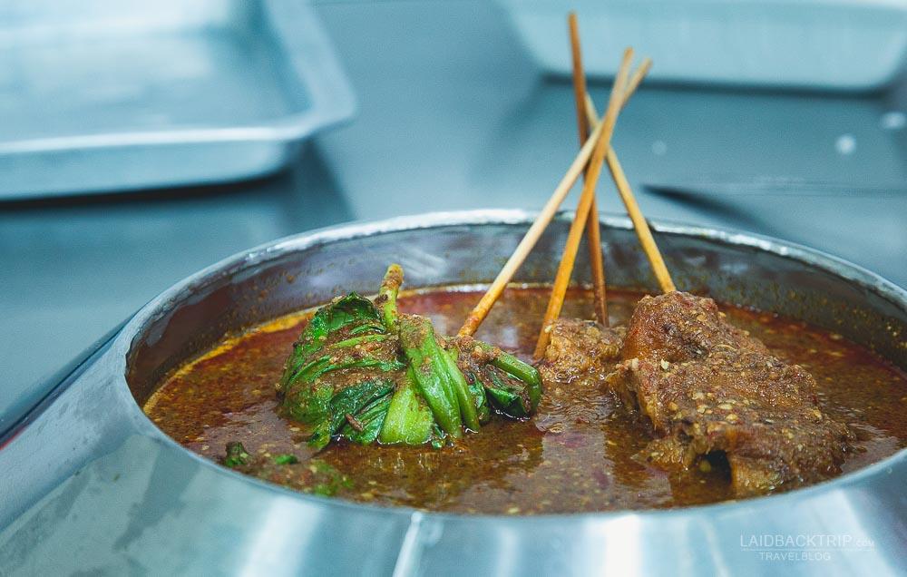 melaka guide   melaka eating out   malaysia cuisine   melacca   satay   laidback trip
