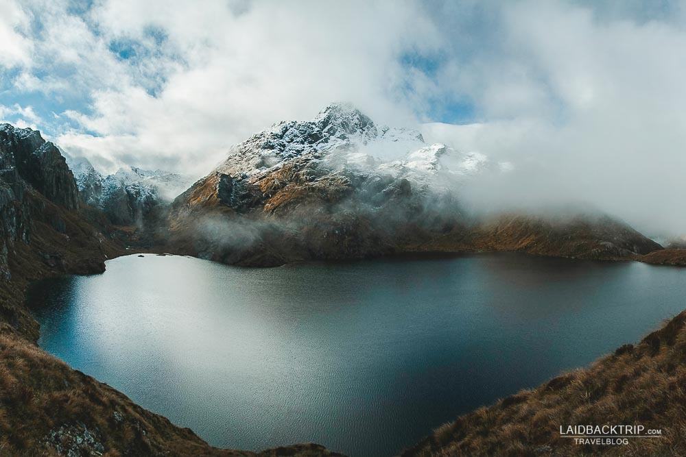 Lake Harris in Routeburn Track covered in clouds