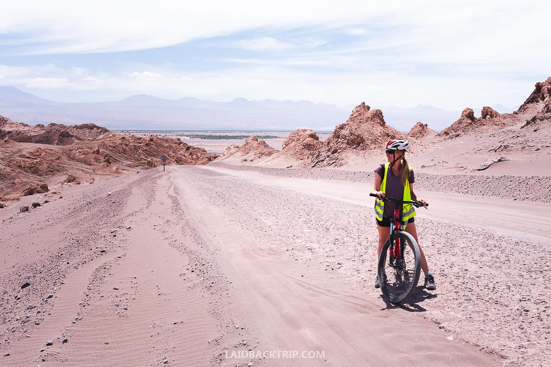 We highly recommend you to rent a bike and explore the Valle de la Luna from the San Pedro de Atacama