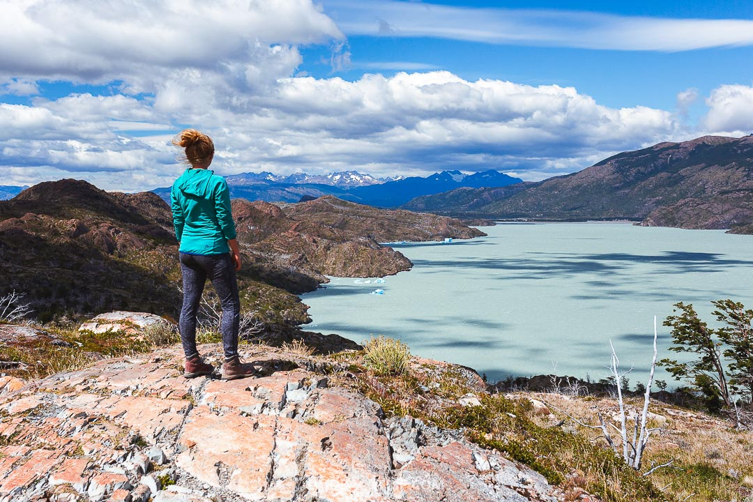 Torres del Paine guide is all about hiking and trekking, also includes tips on how to get there and where to stay.