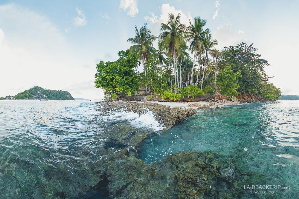 Raja Ampat guide including tips on best things to do, must visit islands, and top activities.