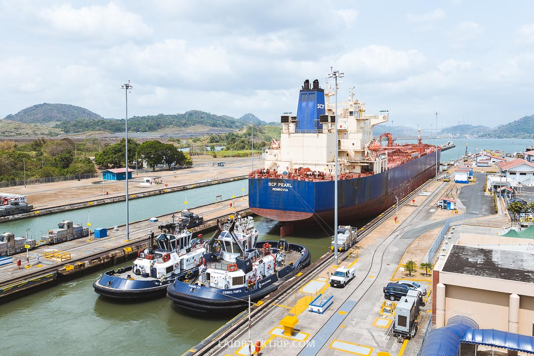 Panama Canal is the best attraction in the town and a must visit place.