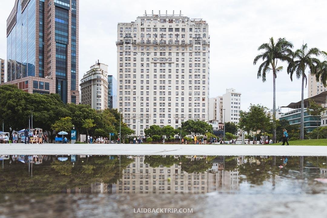 The architecture in Rio de Janeiro city center is impressive.