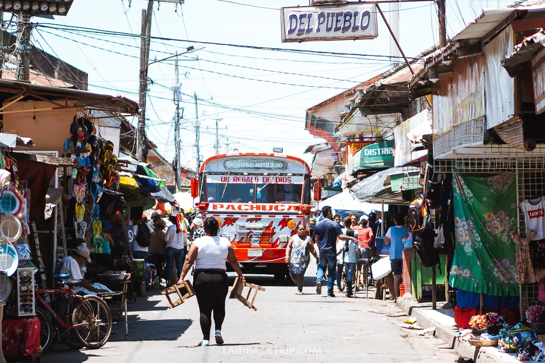 It's easy to get around Nicaragua by public transport.