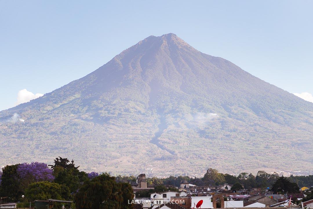 The views from the Cerro De La Cruz are stunning.