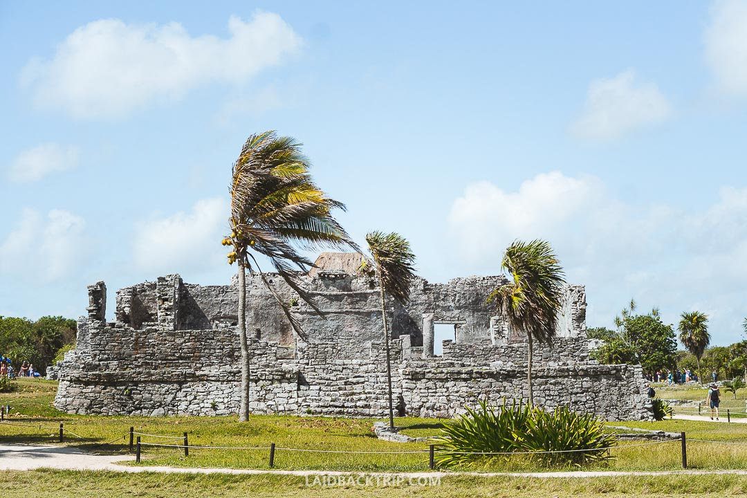 There are many hotels in Tulum.