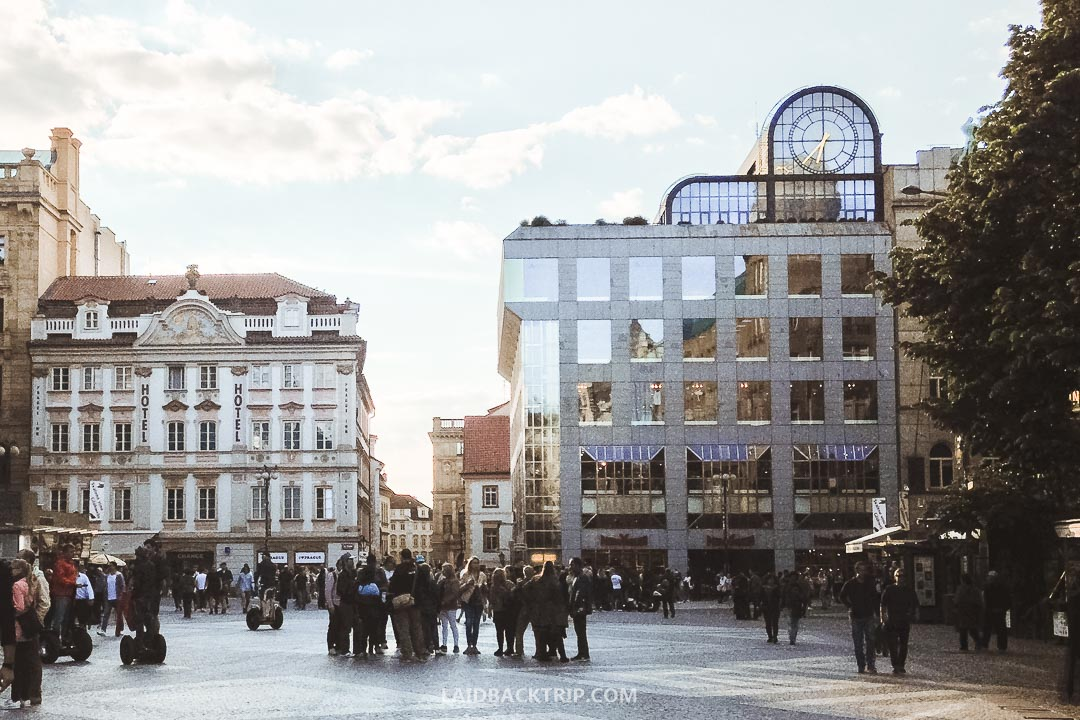 It's easy to get to the Old Town Square by using public transport and metro.