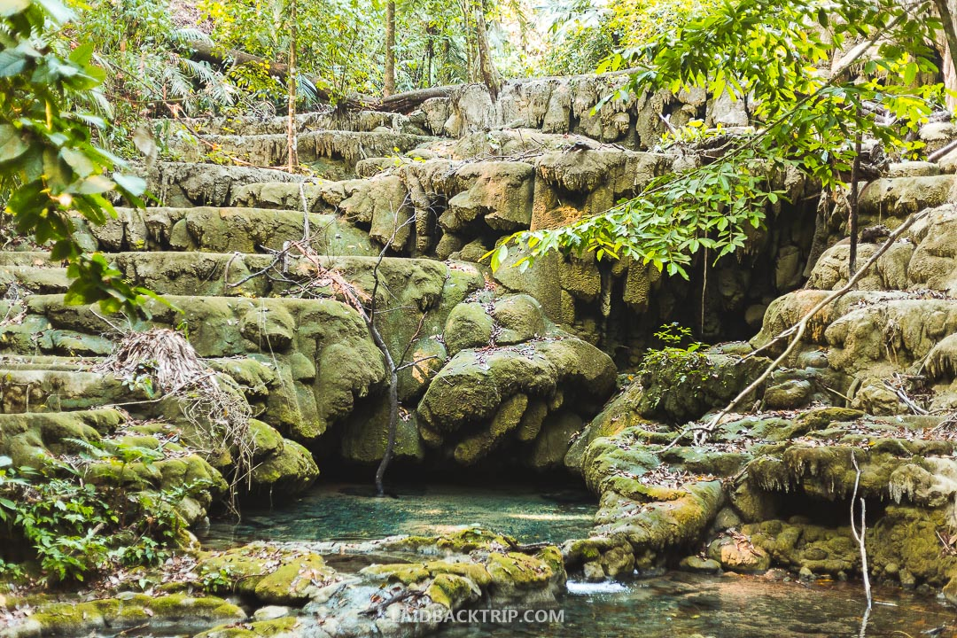 There is a beautiful waterfall at the Palenque site but only in wet season.
