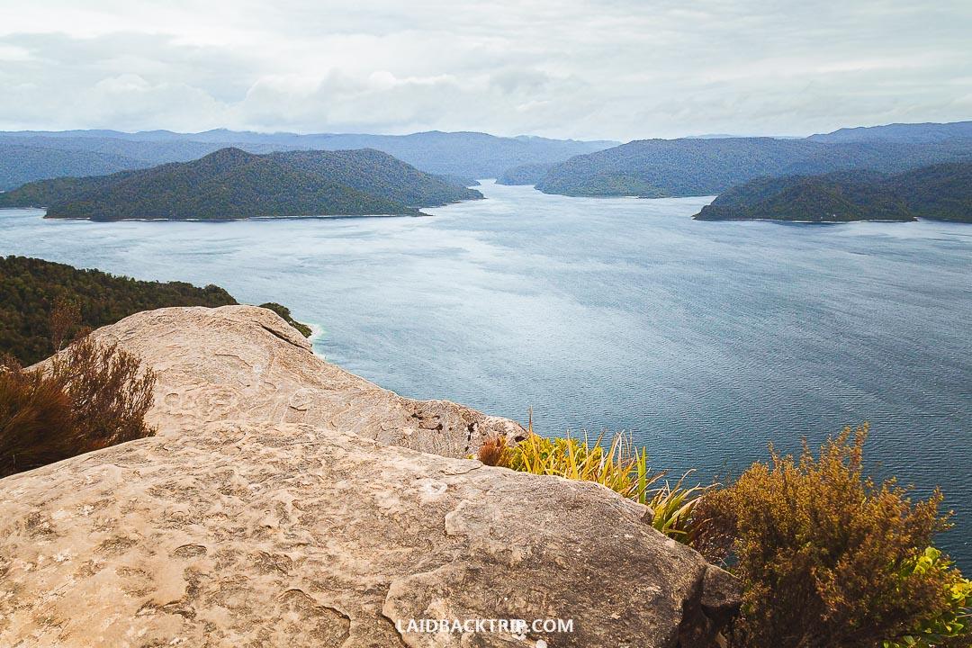 Hiking Guide to Lake Waikaremoana Track — LAIDBACK TRIP
