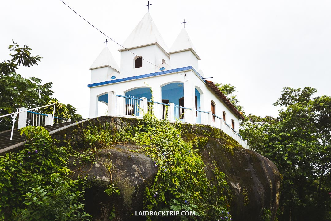 Paraty offers many good hotels choices where you can stay overnight.