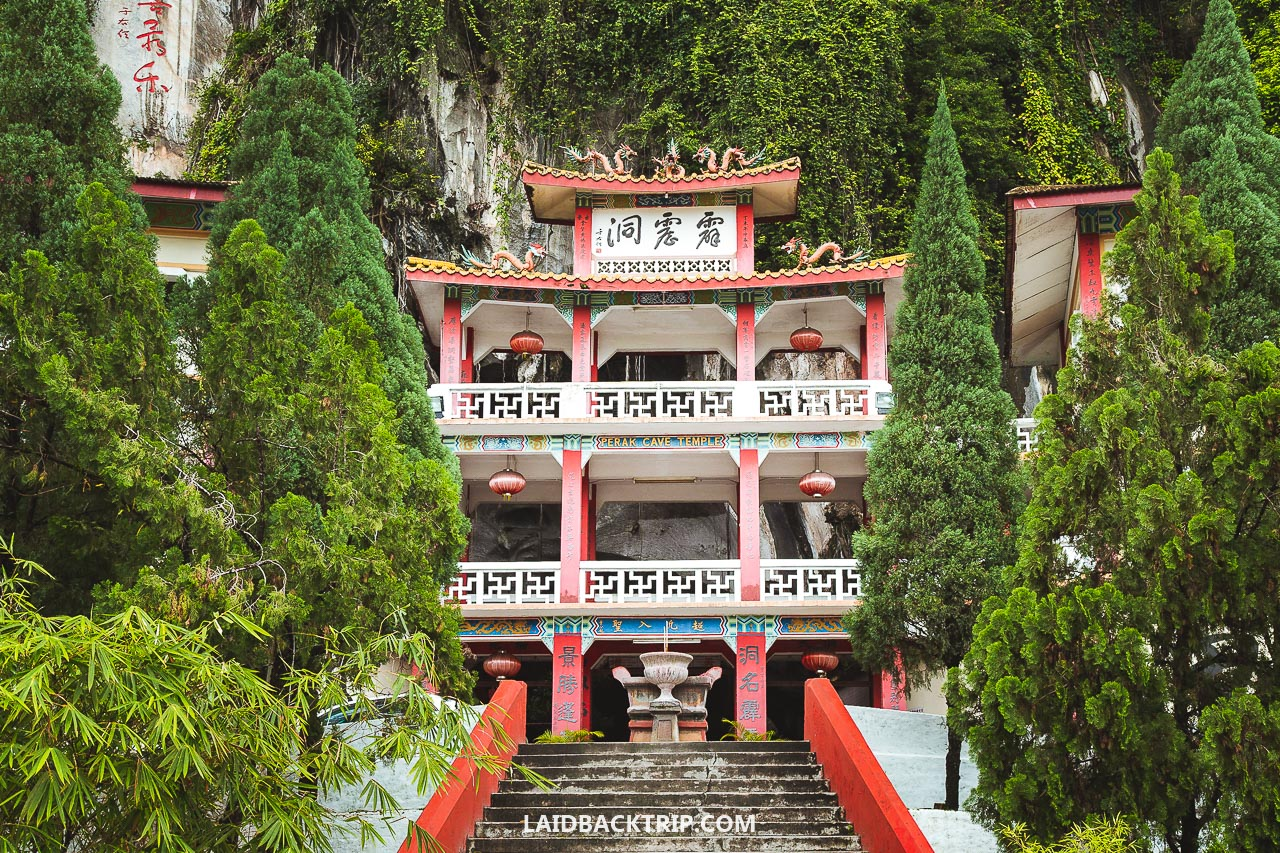 Here are the 3 best places you must visit when traveling in Ipoh, Malaysia.