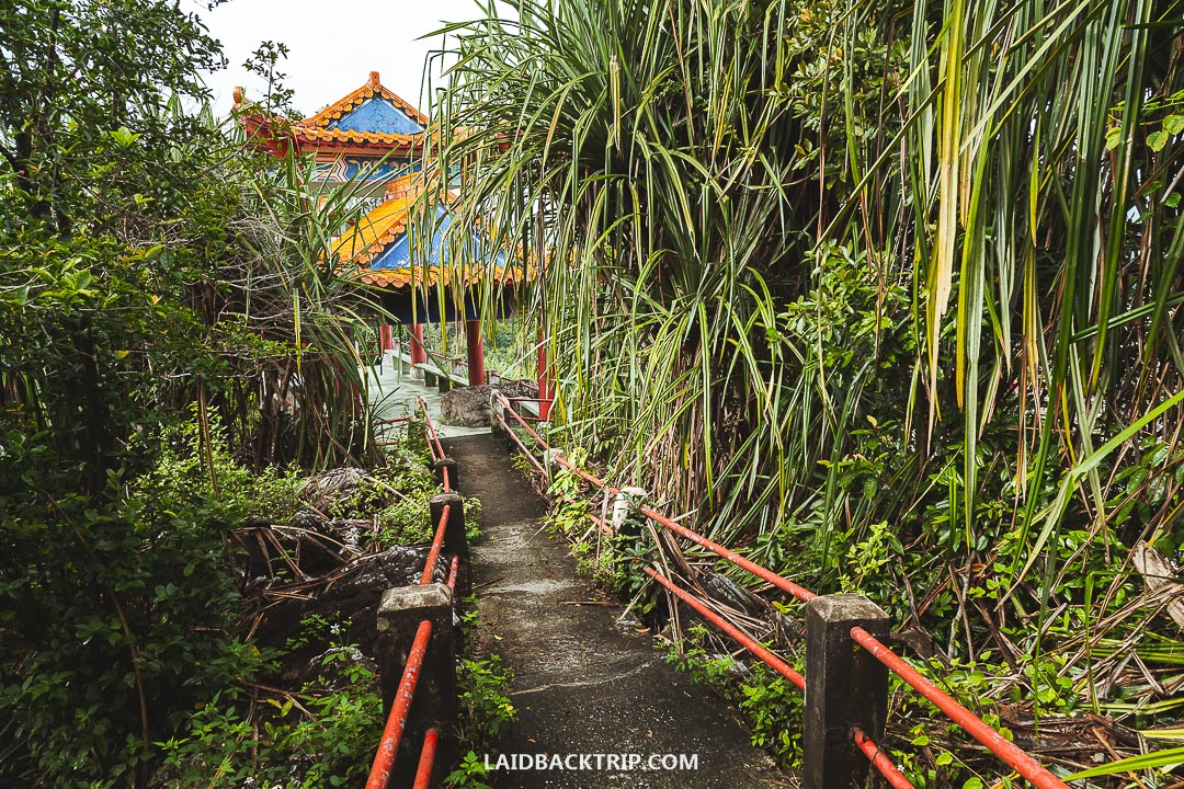 Perak Tong Cave Temple was our favorite attraction in Ipoh.