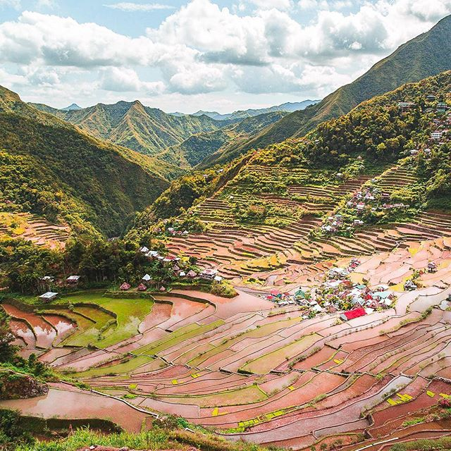 It is true we do not post that often lately on IG, but it has only one reson. We work really hard on our blog every day. Our last post is dedicated to Banaue/Batad rice terraces, one of our favorite spots in the Philippines.  www.laidbacktrip.com  #banaue #banauericeterraces #riceterraces #batad #philippinestravel #luzon #loudavymkrokem #minveciviczazitku #mytinyatlas #wanderlust #lifewelltravelled #southeastasiatrip #passionpassport #theglobewander #ichosetowander #traveldeeper #photooftheday #travelphotography #beautiful_world #destination_wow #amazingplaces #naturerules