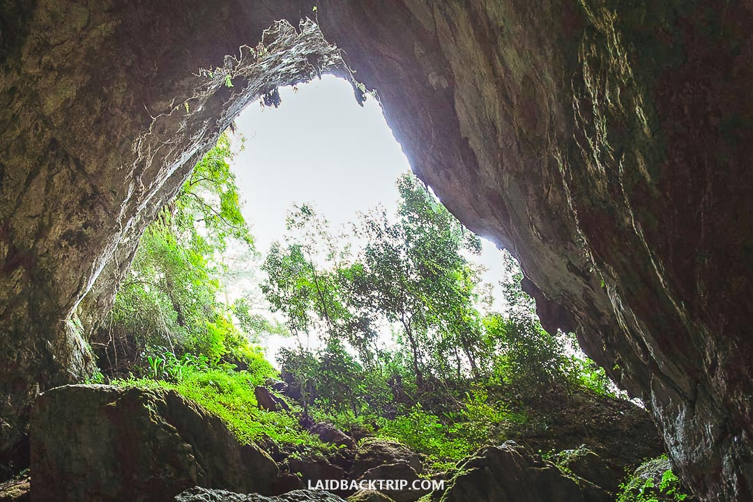 If you want to visit caves in Sagada, hire a guide for your own safety.