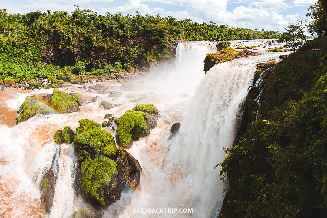 Paraguay has beautiful nature, interesting cities, and friendly locals.
