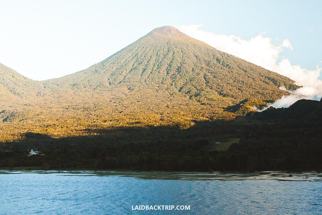 Here is our travel guide on the best things to do at Lake Atitlan, Guatemala.