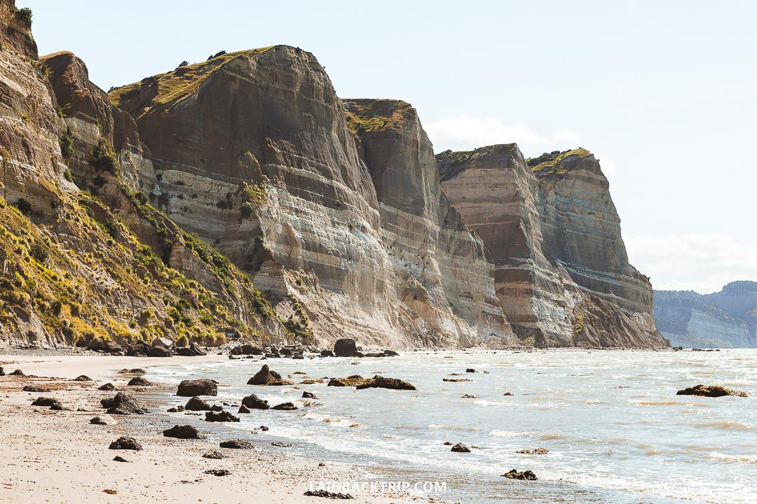 Hiking along the coast to Cape Kidnappers is a wonderful traveling experience.