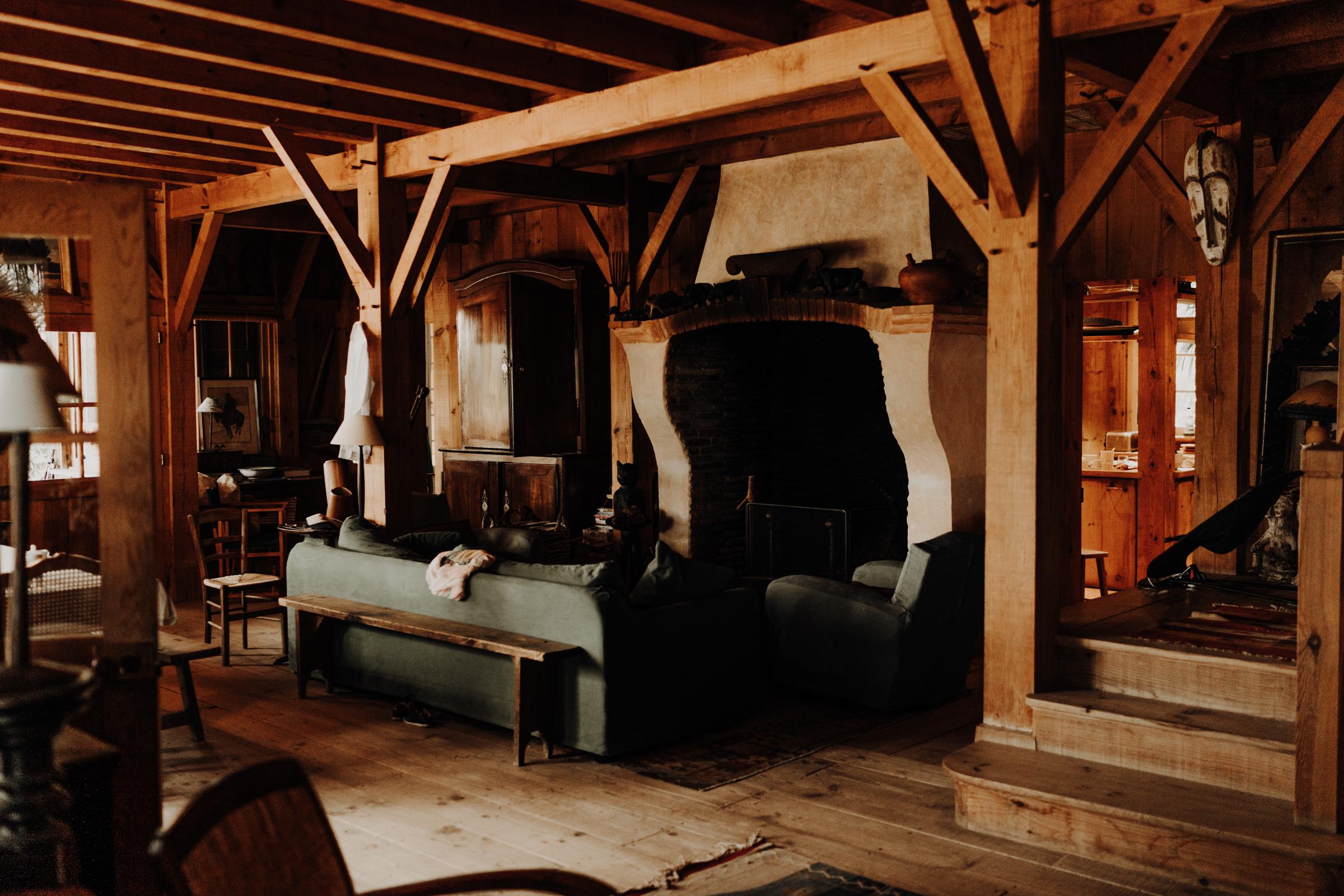 inside-bartherotte-cabin