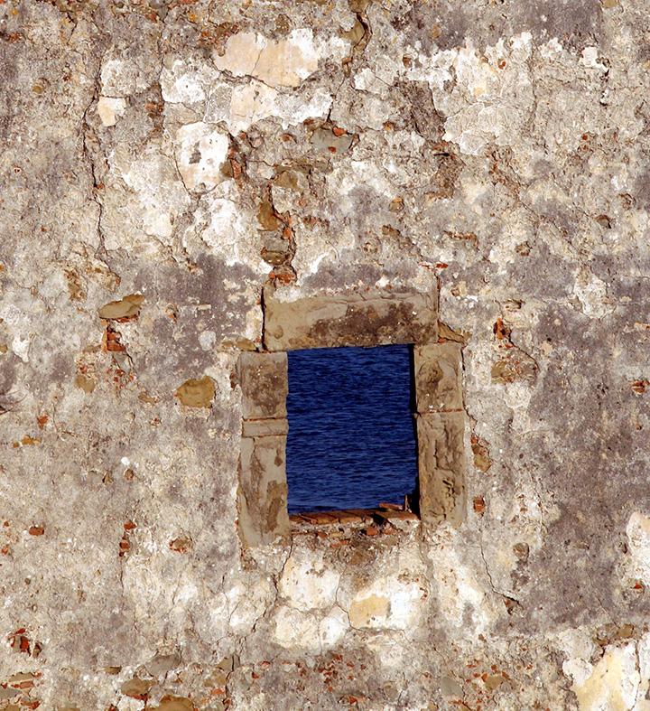 tarifa-wall-on-the-sea.jpg