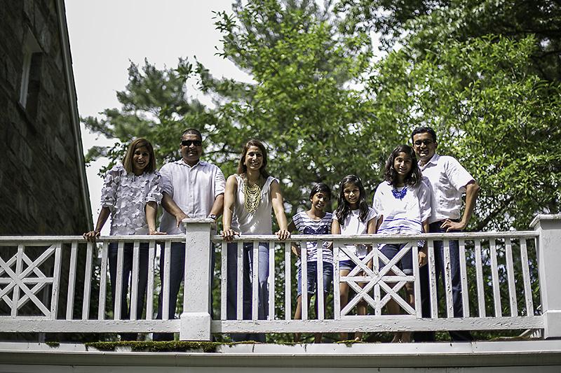 MarylandPortraitSessionLocationMcCrillisGardens-08.jpg