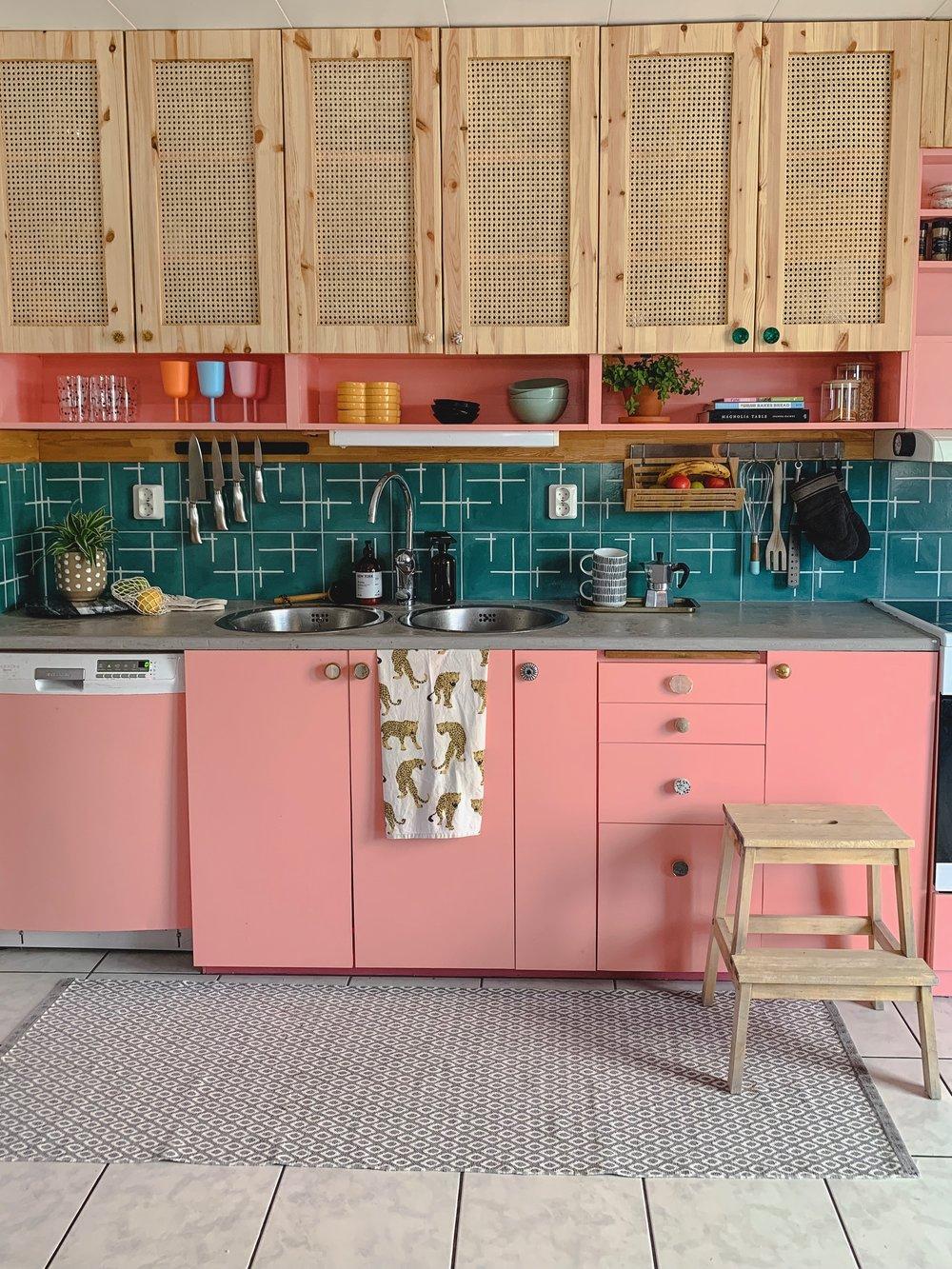 Pink Kitchen DIY